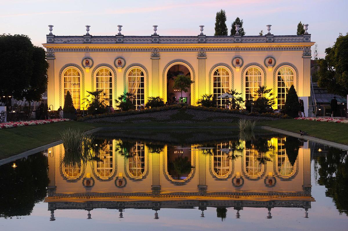 L-Orangerie-e-il-giardino-alla-francese-moet-champagne